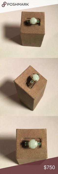14K Vintage JADE GREEN Stone w/Emerald Rhinestones Preowned, jade Ring with emerald stone on each side. Stamped: STS 14k Thailand. In excellent condition! Jewelry Rings