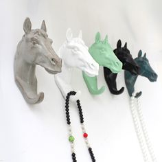 Decorative Wall Hook resin home furnishing modern horse Head hooks for wall clothing Jewelry Keys hangers