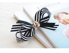(DIY세트-HP756)모던스트라이프 리본핀 Baby Hair Accessories, Handmade Hair Accessories, Baby Hair Clips, Baby Headbands, Free Certificate Templates, Headband Tutorial, Making Hair Bows, Diy Bow, Ribbon Work