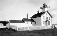 Admiralty Head Lighthouse, Washington at Lighthousefriends.com