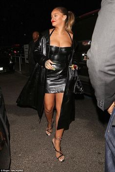 Rihanna wears skin-tight leather mini dress for Jay-Z gig Rihanna Show, Rihanna Mode, Rihanna Looks, Rihanna Photos, Rihanna Style, Rihanna Fenty, Rihanna Outfits, African American Beauty, Leather Mini Dress