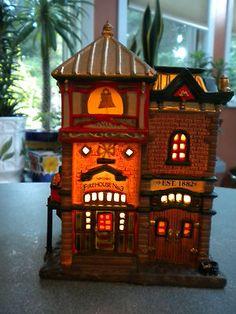 LEMAX PORCELAIN VILLAGE COLLECTION LIGHTED BUILDING - FIREHOUSE #3 - EST. 1882