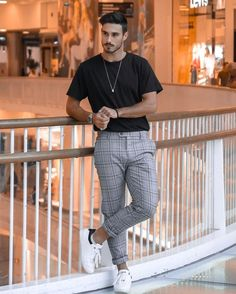 131 best men's fashion tips to elevate your style – page 1 Stylish Mens Outfits, Casual Outfits, Men Casual, Male Outfits, Summer Outfits, Stylish Man, Outfit Hombre Casual, Formal Men Outfit, Best Mens Fashion