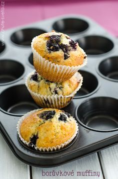 borůvkové muffiny Sangria, Donuts, Smoothie, Blueberry, Muffins, Cupcakes, Cheesecake, Breakfast, Food