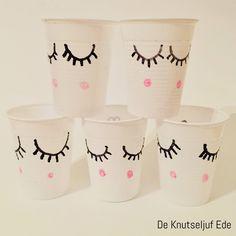 De Knutseljuf Ede - Witte plastic bekertjes in een wip opgepimpt voor kinderfeestje met Eenhoorn thema?oaapis=cpn5d0jni64g0166cmfii7cq23