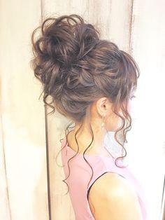 Bridal Hairstyles For Long Hair With Headband 35 Ideas Party Hairstyles, Headband Hairstyles, Wedding Hairstyles, Bridal Hairdo, Hair Arrange, Dream Hair, How To Make Hair, Wavy Hair, Hair Inspiration