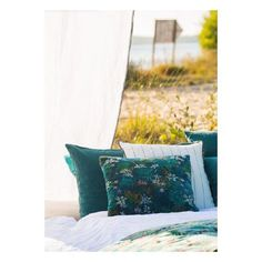 New Collection 2018 #selectionm #nouveaute #newcollection #coussin #velours #rayures #paon #jungle #eshopdeco #decoration #deco