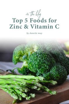 Zinc and vitamin C are powerhouse nutrients that can boost your immunity and support your ultimate overall health. How can you add more of them into your diet? Check out this video to see my list of the Top 5 foods that are high in zinc and vitamin C, and up your intake, starting today! Help Losing Weight, Weight Loss Help, Weight Loss Snacks, Healthy Weight Loss, Lose Weight, Diet Hacks, Diet Tips, Wellness Tips, Health And Wellness