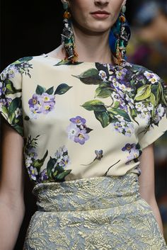 Dolce & Gabbana Spring 2013 RTW - Details - Fashion Week - Runway, Fashion Shows and Collections - Vogue Fashion Week, Runway Fashion, High Fashion, Fashion Show, Womens Fashion, Review Fashion, Casual Styles, Floral Fashion, Fashion Prints