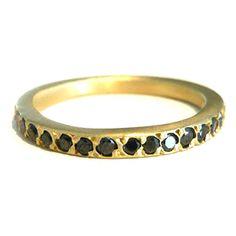 black diamonds + yellow gold = brilliance