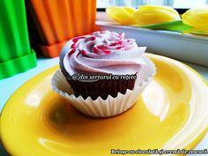 DIN SERTARUL CU REȚETE: Brioșe cu ciocolată Desserts, Food, Tailgate Desserts, Deserts, Essen, Dessert, Yemek, Food Deserts, Meals