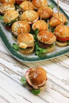 Mini Burger mit Cocktailsauce als Partyrezept
