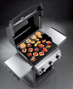 Spirit Propane Gas Grill in Black Plenty of room for cooking meat & veggies: 2 full-use stainless steel tables allow for food platters and prep!Plenty of room for cooking meat & veggies: 2 full-use stainless steel tables allow for food platters and prep! Carretas Top, Weber Spirit, Gas Grill Reviews, Best Gas Grills, Propane Gas Grill, Thing 1, Cast Iron Cooking, Food Platters, Bbq Grill