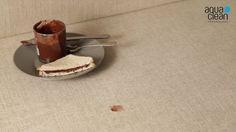 ¿Crema de cacao en el sofá? Aprende a quitar la mancha, sin acalorarte y en tres sencillos pasos. Aquaclean®., la tela que se limpia con agua, es la solución para las manchas ocasionales del día a día.