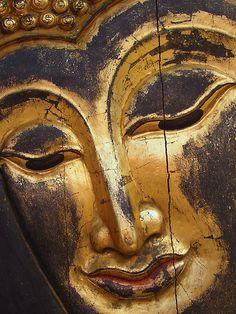 """The face of buddha"" by Ian Wade | Redbubble"