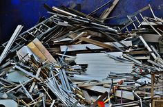 Dubai Scrap Yards: Lucky groups main service are aluminum, ferrous and copper scrap at Dubai company and Copper recycling is also done here. Aluminum Recycling, Scrap Recycling, Aluminum Cans, Aluminum Element, Late Night Drives, Recycling Services, Night Driving, Companies In Dubai, Natural Resources