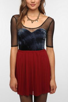 Pins and Needles Velvet Sweetheart Top festive outfit UrbanOutfitters