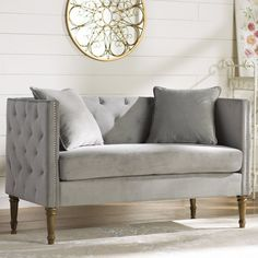Vanves Tufted Cheste