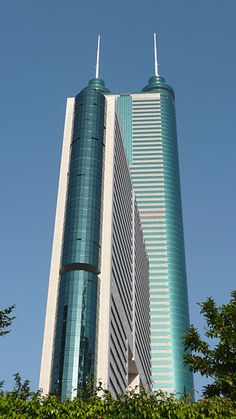 Le Shun Hing Square, Shenzhen, China - 1,260ft with 69 floors and built in 1996  ©Brücke Osteuropa