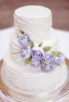 Wedding cake.w/lavender roses... weddingswithzsazsa.tumblr.com