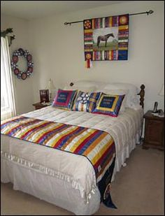 Show Ribbon bed runner. Horse Ribbon Display, Show Ribbon Display, Horse Show Ribbons, Ribbon Projects, Ribbon Crafts, Ribbon Art, Bed Runner, Award Display, Display Ideas
