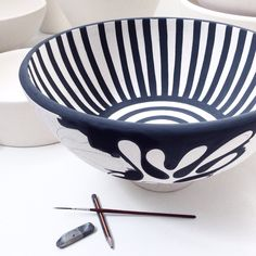 Pottery Painting Designs, Pottery Designs, Ceramic Clay, Ceramic Painting, Pottery Bowls, Ceramic Pottery, Earthenware, Stoneware, Amaco Glazes