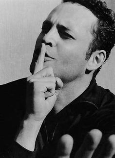 Vince Vaughn. I love a guy who can make u laugh your pants off.