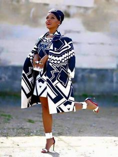 Check Out These Awesome african fashion outfits 9352 African Inspired Fashion, African Print Fashion, Ethnic Fashion, Fashion Prints, African Prints, African Fabric, Ankara Fashion, African Dresses For Women, African Attire
