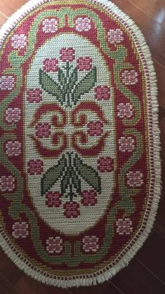Cross Stitch Embroidery, Embroidery Patterns, Hobbies And Crafts, Diy And Crafts, Tapete Floral, Headband Pattern, Cross Stitch Flowers, Punch Needle, Rug Hooking
