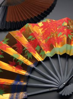 Japanese folding fan — Sensu 扇子.