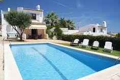 Villa Nido, la villa de vacances idéale pour 7 personnes à seulement 1680m de la plage et de la mer Méditerranée.
