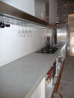 top cucina in resina lavoro effettuato a marino roma lavorazione tipo effetto cemento