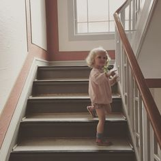 On her way to a party - via finurlig Little People, Make Me Smile, Kids Fashion, Waiting, Romantic, Babies, Children, Party, Photos