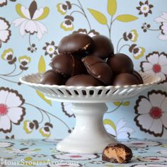 I have a slight addiction to homemade peanut butter cups. I showed you in this post how to make an