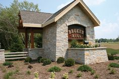 Chilton Brown Natural Stone Veneer, Natural Stones, Exterior, Cabin, Decorating, House Styles, Brown, Ideas, Home Decor