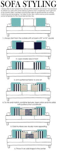 1. Sempre comece pelos cantos com, no mínimo, duas almofadas maiores (55 ou 60 cm para um sofá de 3 lugares); 2. Disponha 2 almofadas menores à frente; 3.  Limite o tecido estampado a um conjunto de almofadas; 4. Para combinar e misturar: combine texturas, adicione cores e misture as almofadas estampadas com as de cores sólidas; 5. Almofadas em número ímpar são visualmente mais atrativas; 6. Coloque uma almofada diferente no centro.