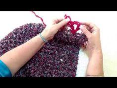 Poncho tejido con dedos - Tejiendo con Laura Cepeda