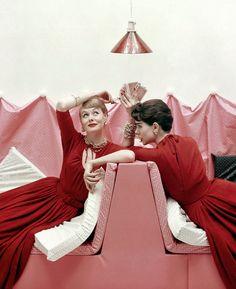 Referência é tudo: veja as imagens do passado que inspiraram editoriais de moda atualmente | Chic - Gloria Kalil: Moda, Beleza, Cultura e Comportamento