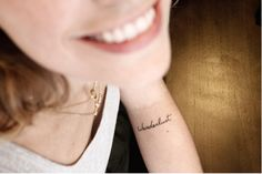 wanderlust // I want this on the back of my neck, diff font though
