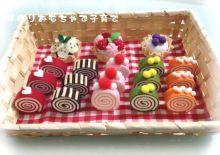 100均グッズでままごとのロールケーキ 手作りおもちゃで子育て