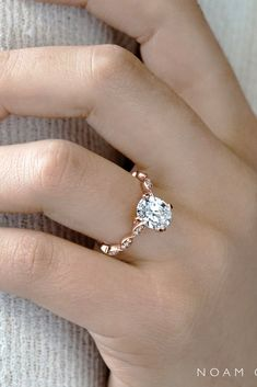 24 Rose Gold Engagement Rings By Famous Jewelers ❤ Rose gold engagement rings are very popular. All jewelers include in their collections engagement rings in rose gold. Browse the most popular rings! Wedding Ring Styles, Wedding Rings Rose Gold, Diamond Wedding Bands, Gold Rings, Gold Wedding, Best Engagement Rings, Rose Gold Engagement Ring, Vintage Engagement Rings, Vintage Rings