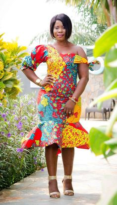 Items similar to African print dress/Ankara Dress/African wax/African Fabrics/Elegant African dress on Etsy Ankara Styles For Women, Ankara Gown Styles, Ankara Gowns, Ankara Dress, African Wear Dresses, African Outfits, African Clothes, Mode Wax, African Design