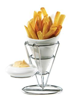 Fry Cone with Sauce Dish.