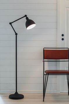 The Bazar range is completed with a decorative floor lamp. The lamp is available in black and white and emits excellent light for reading. Scandinavian Floor Lamps, Desk Lamp, Table Lamp, Decorative Floor Lamps, Eclectic Modern, Modern Traditional, Rustic Industrial, Designers, Contemporary