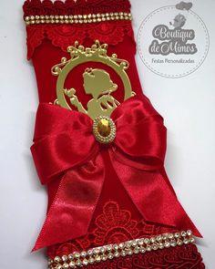 Pode morrer de amor !!!! KitKat personalizado para deixar sua decoração ainda mais linda !!! . . . . . Solicite seu orçamento ✉️boutiquedemimos@yahoo.com.br WhatsApp (17)981371457 Enviamos para todo Brasil ✈ . . . ✨Curta nossa Fanpage ✨ www.facebook.com/boutiquedemimos . . #festainfantil #festapersonalizadas #festademenina #lembrancaspersonalizadas #lembrancasdeluxo #papelariapersonalizada #papelariainfantil #papelariacriativa #scrapfesta #papelariadeluxo #scrapluxo #lembrancinhas #le...