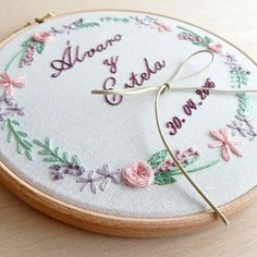 Portaalianzas bordado a mano ❤ wedding embroidery hoop www. Hand Embroidery Videos, Hand Embroidery Flowers, Embroidery Patterns Free, Silk Ribbon Embroidery, Embroidery Thread, Wedding Embroidery, Wedding Cross Stitch, Wedding Ring Box, Bead Embroidery Jewelry