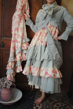 Bildergebnis für atelier des ours Altered Couture, Pretty Outfits, Chic Outfits, Fashion Outfits, Mode Mori, Kinds Of Clothes, Clothes For Women, Mundo Hippie, Mori Girl Fashion