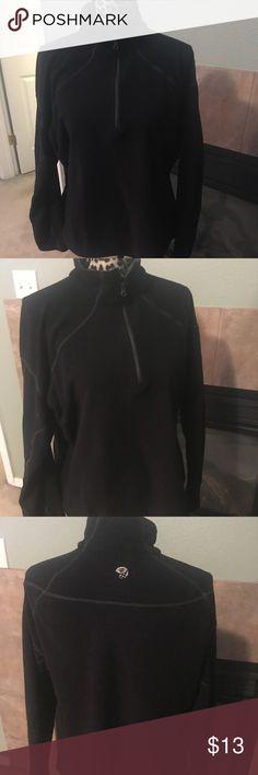 Mountainboarding wear fleece sweater Mountainboarding wear fleece sweater siZe medium Mountain Hard Wear Sweaters