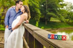 Ensaio Gestante Couple Maternity Poses, Winter Maternity Photos, Maternity Photography Poses, Maternity Session, Maternity Pictures, Pregnancy Photos, Baby Pictures, Baby Name Reveal, Pregnant Couple