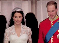 gif of the Duchess of Cambridge's reaction to entering the balcony and seeing the crowds outside Buckingham Palace.